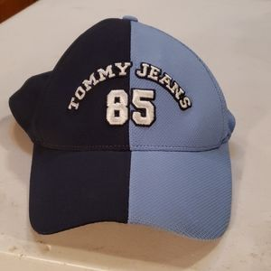 Tommy Jeans 85 Hilfiger Klex hat two toned blue